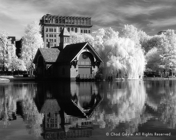 Central Park's Harlem Meer in infrared